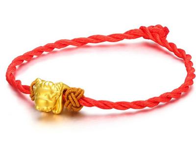 黄金转运珠手链价格波动的因素及其图片
