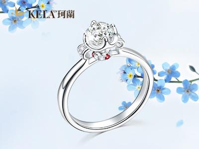 求婚戒指买什么样的 求婚戒指买钻戒还是对戒