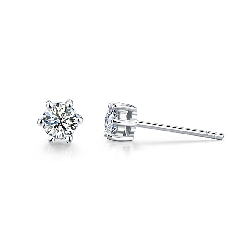 爱的皇冠 白18K金钻石耳钉 时尚饰品 钻饰