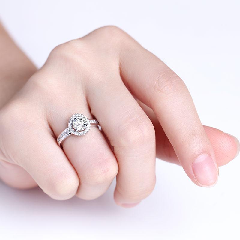 爱·无限 18K金钻石女戒 结婚钻戒
