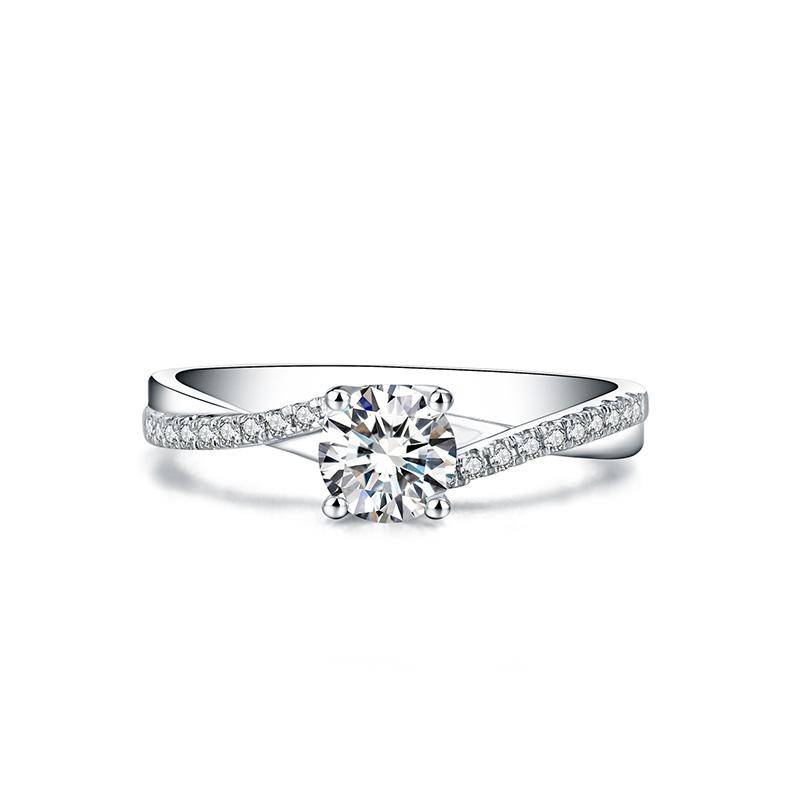 初见 18K金钻石女戒 结婚钻戒