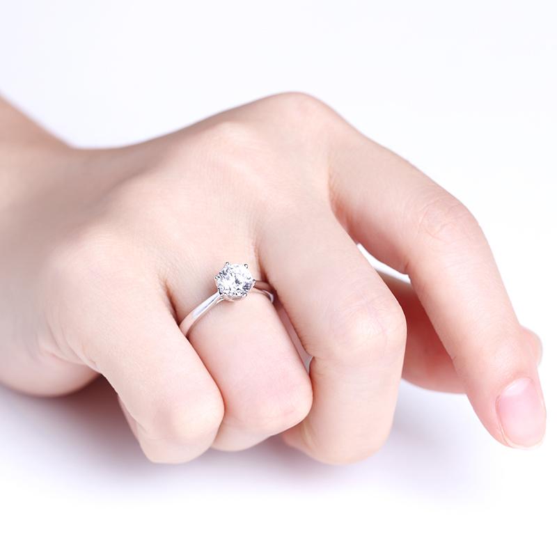 花恋 白18K金钻石女戒 结婚钻戒