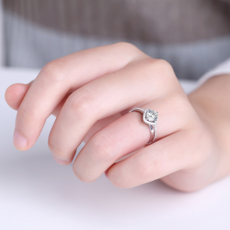 千千结 18K金钻石女戒 结婚钻戒