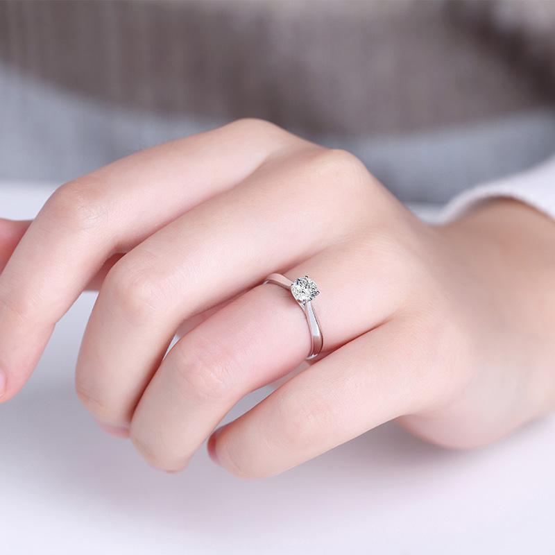 融爱 白18K金钻石女戒 结婚钻戒