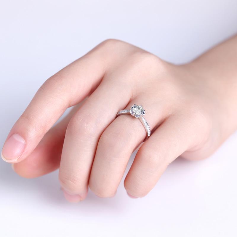 花蕊 18K金钻石女戒  结婚钻戒