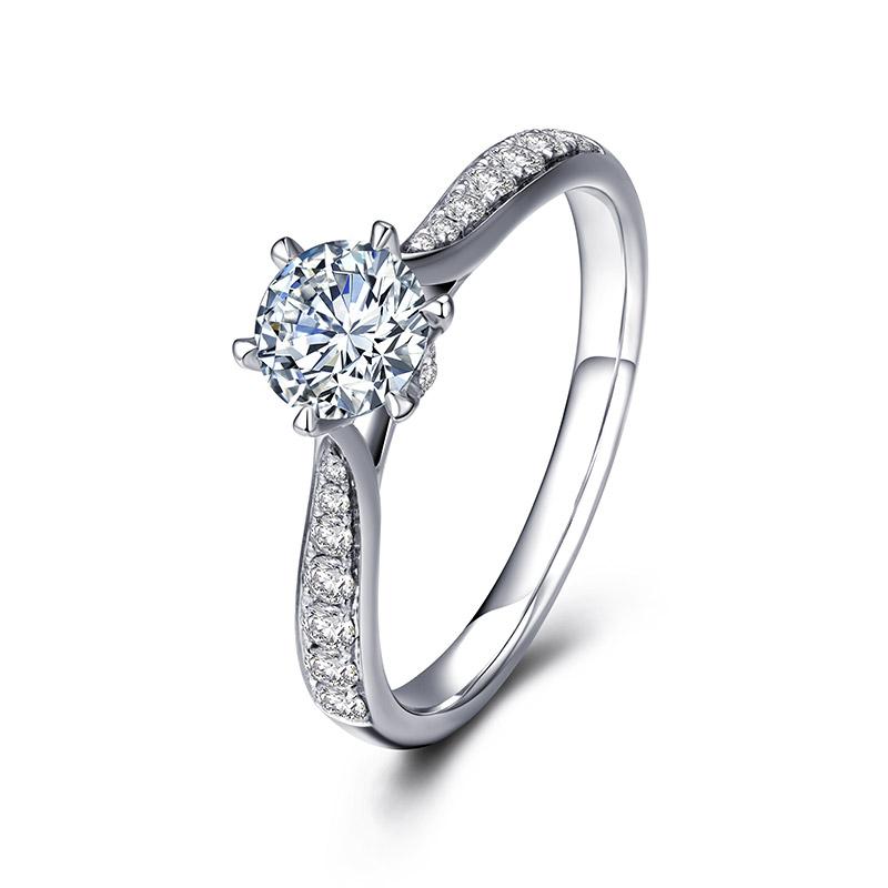 旋转皇冠 18K金钻石女戒 共约68(50+18)分 结婚钻戒