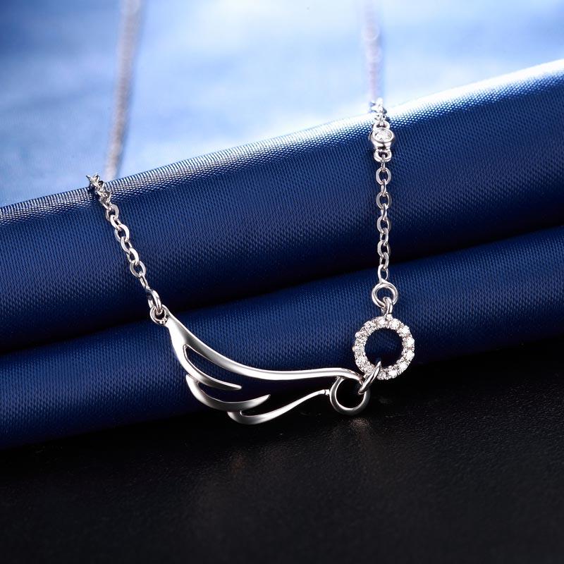天使之翼 白18K金钻石套链 时尚饰...