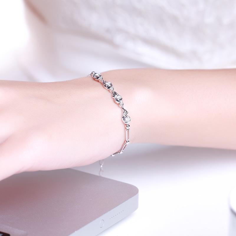 天使之翼 白18K金钻石手链 时尚饰...